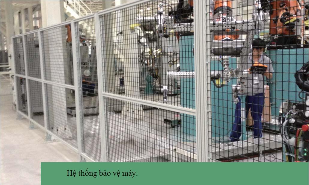 hàng rào công nghiệp nhôm định hình